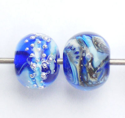 Blue and violet akamai style lampwork beads